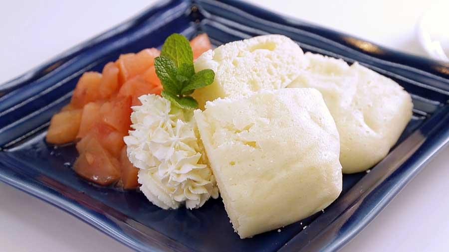 蒸しパン ~ りんごジャムヨーグルトシャンティー添え ~